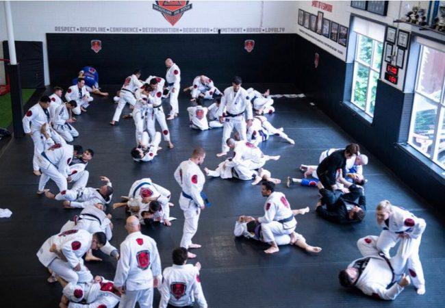 Medidas de segurança para retorno ao Jiu-Jitsu, por professor Alex Martins