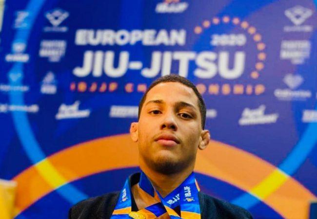 Faixa-azul: o Jiu-Jitsu finalizador do campeão europeu peso e absoluto no  juvenil 2