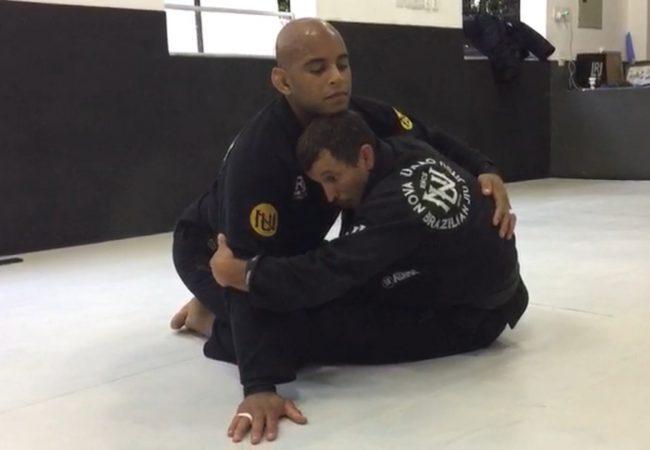 Vídeo: Sergio Capella ensina detalhe para não perder a raspagem de gancho no Jiu-Jitsu