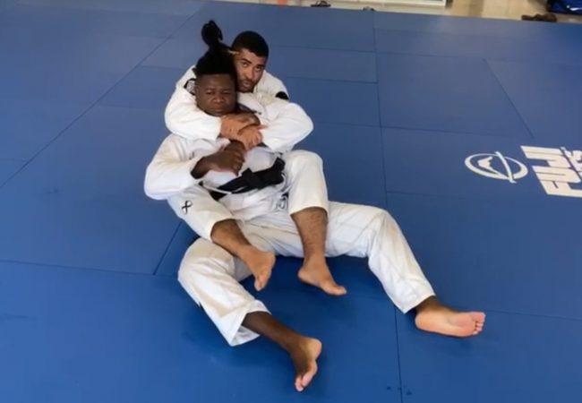 Vídeo: Ricardo Evangelista ensina atalho para as costas com finalização no armlock