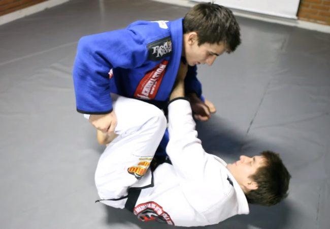 Vídeo: Guilherme Mendes ensina passagem da meia-guarda com finalização na kimura