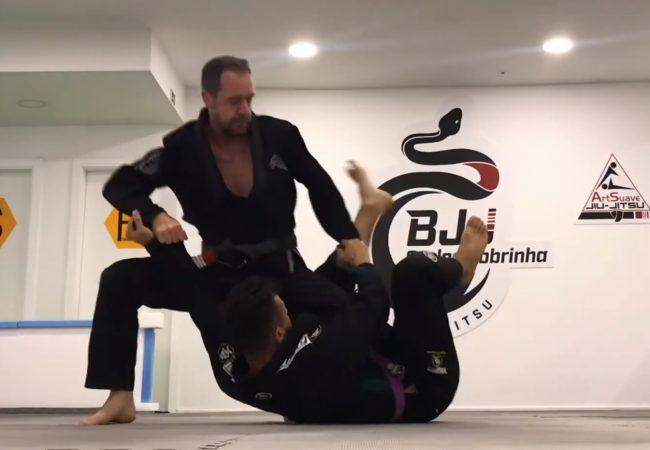 Vídeo: um estudo completo de passagem de guarda, com Carlos Cobrinha