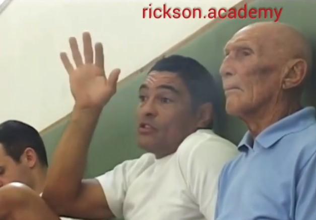 Helio e Rickson Gracie ensinam detalhes do vale-tudo para Royler em registro histórico
