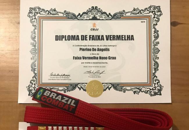Pierino de Angelis chega ao 9° grau e recebe a faixa-vermelha de Jiu-Jitsu