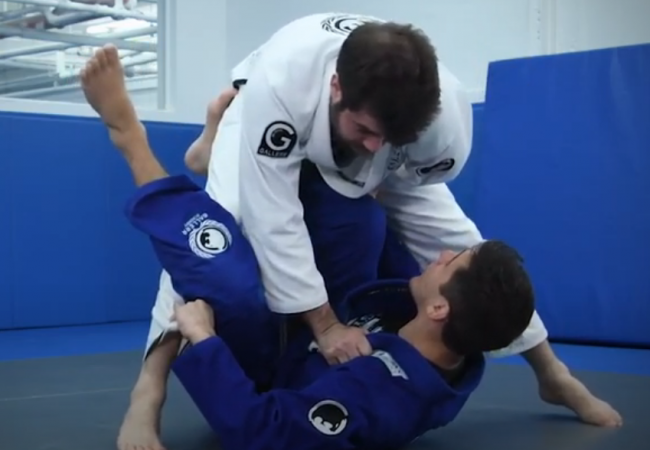 Christian Uflacker teaches an x-guard sweep from the De la Riva