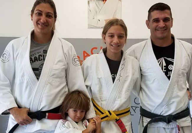 Jiu-Jitsu e defesa pessoal com as pequenas Kayla e Luna Cicconi, da Gracie One Jiu-Jitsu