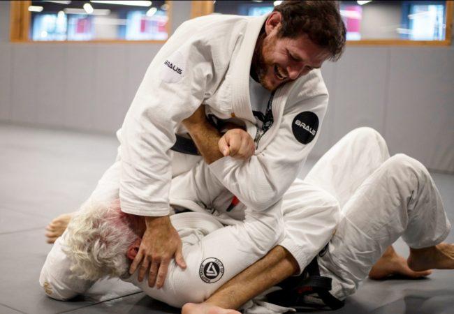 Roger assina com a BRAUS e você ganha lições de Jiu-Jitsu