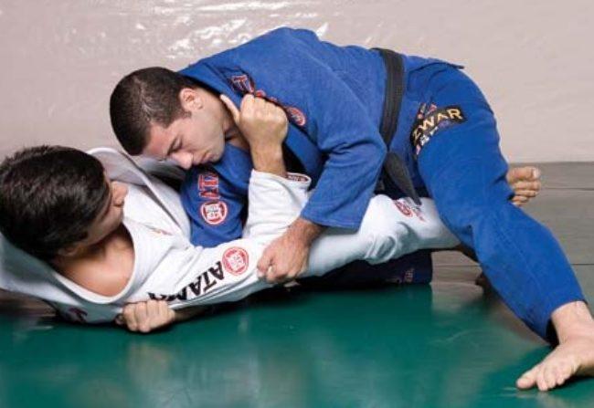 A filosofia do ataque duplo no Jiu-Jitsu