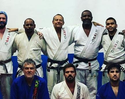 Luiz Dias e a arte de formar campeões na vida