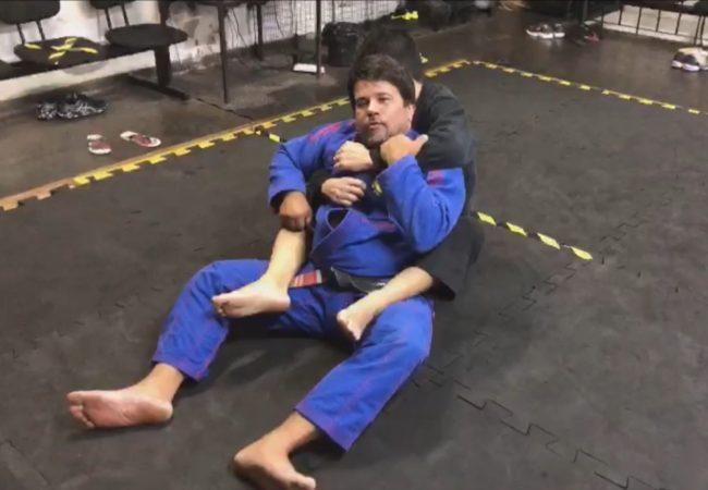 Escape do sufoco nas costas, com professor Sérgio Ribeiro
